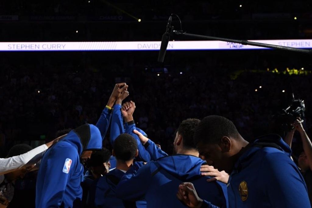 NBA: Warriors vence a los Suns