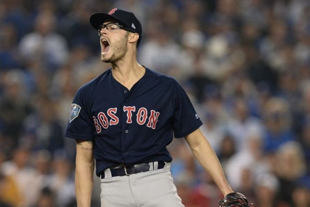 Dodgers firma a Joe Kelly