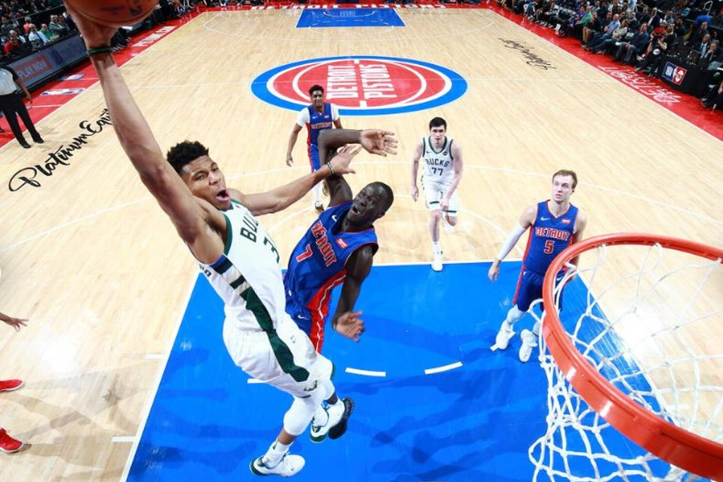 NBA Playoffs: Bucks completan barrida sobre los Pistons